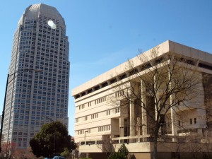 Cesar Pelli's 34-story 1995 tower overlooks Winston-Salem's city hall whose design was based on the much-maligned Boston City Hall.  Boston hates their city hall, Winston-Salem loves theirs.