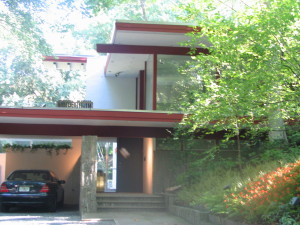 The only Richard Neutra house in Washington, DC was just two blocks from my DC apartment on the edge of Rock Creek Park.
