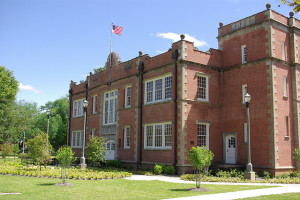 "The Lee H.Nelson Hall in Natchitoches, LA , the headquarters of NCPTT, is the focus of a ""greening plan."""