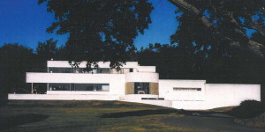 Richard H. Mandel House. The first International Style house designed by Edward Durell Stone, a few years before the A. Conger Goodyear House which is a WMF Modernism at Risk project.